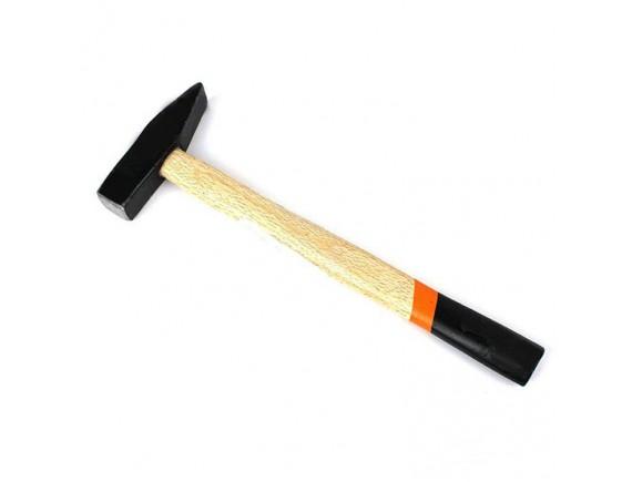 Молоток слесарный квадратный боек, деревянная ручка 500 гр Сталь